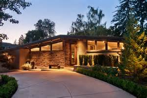 a small mid century modern house in richard mid century houses home loans circular driveway mid