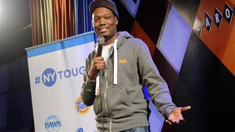 michael che harassment snl star michael che doesn t understand street harassment
