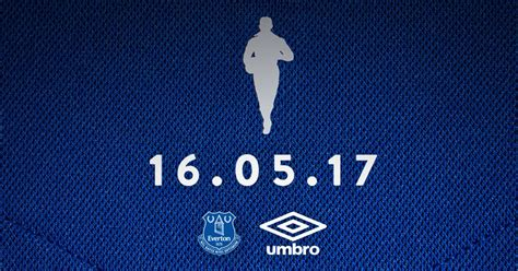 everton quiz book 2017 18 edition books how everton s new 2017 18 kit will include dixie dean