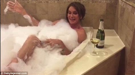 naked bathtub pictures caitlyn jenner and the kardashians recreate kris jenner s