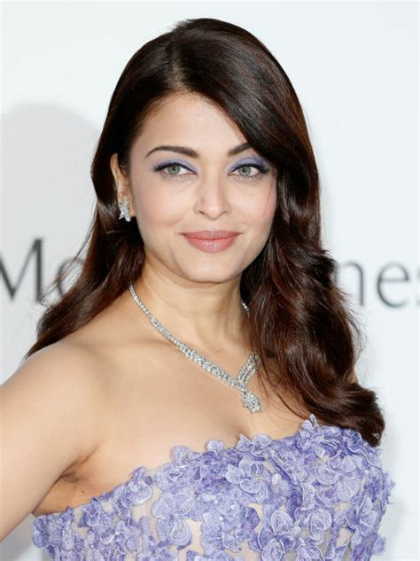 aishwarya rai bachchan aishwarya rai bachchan wasn t allowed entry inside the