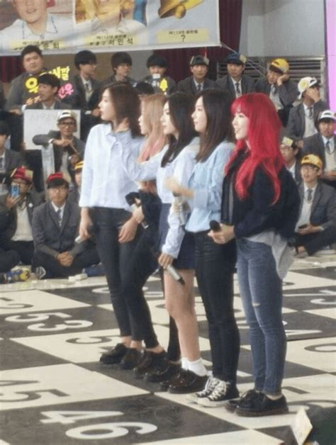 feria reds in real life a korean fan shares her experience seeing red velvet in