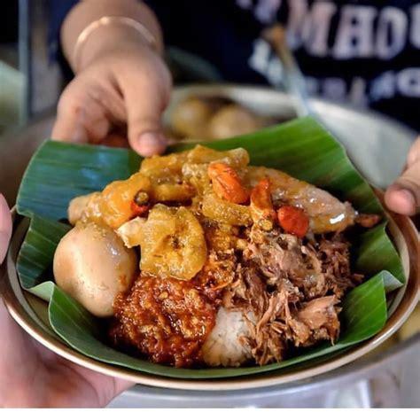 makanan khas jogja  enak wajib  coba  berkunjung