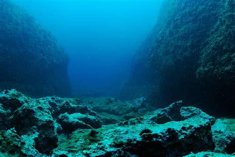 Worlds Oldest Ocean Crust    Ancient