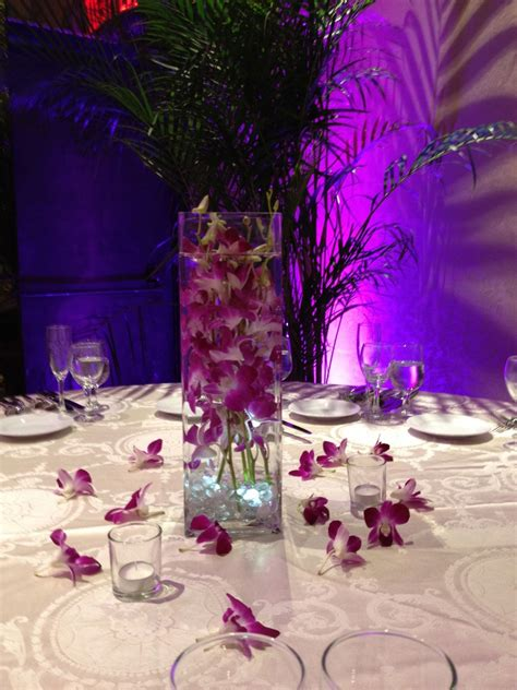 Centerpiece For A Quinceanera Sweet Island Sweet 16 Flowers Quinceanera Florist Join The