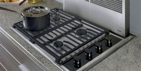 """Wolf 30"""" Stainless Transitional Gas Cooktop   CG304T/S"""