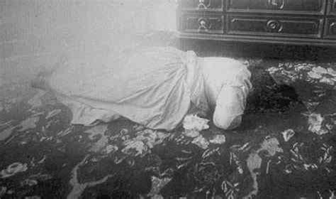 lizzie borden murder old picz the murders of lizzie borden