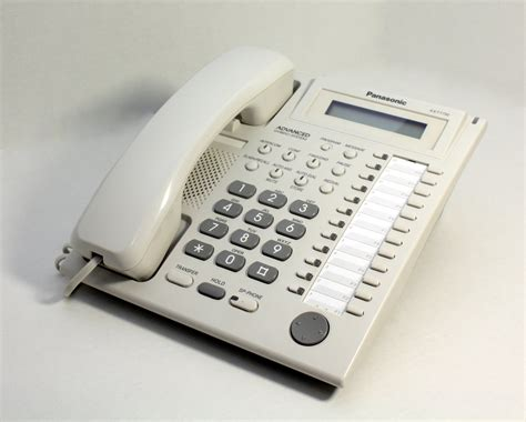 Pesawaat Telephon Panasonic Kx T7730 Berkualitas 8 vista phones panasonic kx t7730 white telephone 2 nearly new polycom panasonic business