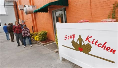 soup kitchen ideas don t volunteer on thanksgiving a former shelter