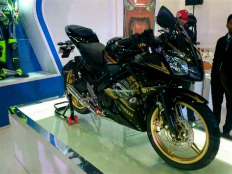 Special Edition Livery Decal Sticker Yamaha R25 Tech3 R25 yamaha yzf r15 version 3 0 coming soon drivespark news