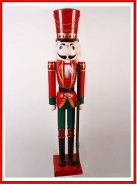nutcracker tin soldier looking for size nutcrackers or tin soldiers here s what i ve found on today s hunt for