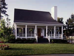 Country Cottage House Plans With Porches 25 Best Ideas About Acadian Homes On Pinterest Country