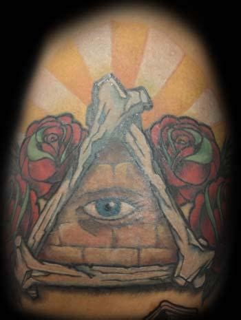all eyes on me tattoo designs the gallery for gt all seeing eye pyramid design