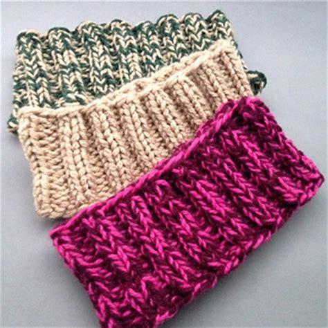 Bandana Mousy Ear ravelry easy headband ear warmers pattern by lauras knits