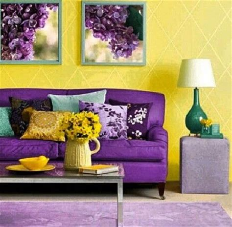 Best 25 Purple Sofa Ideas On Pinterest Purple Living Purple And Yellow Bedroom Ideas