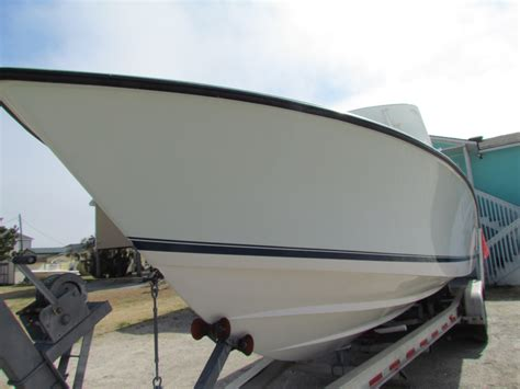 boat paint top 2006 contender 33 hard top no paint only 89k the hull