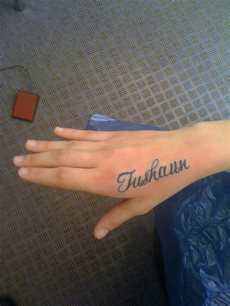 tattoo name on hand hand name tattoo ideas