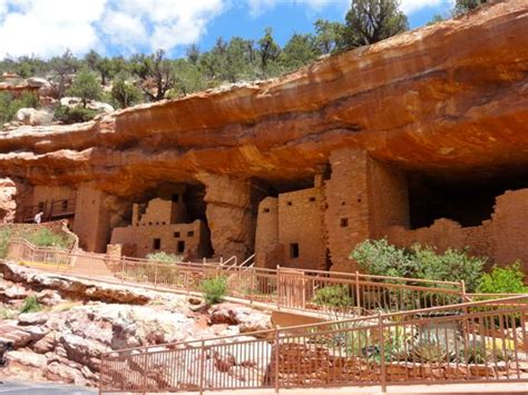 cliff house manitou springs photo manitou springs cliff dwellings suitcase stories