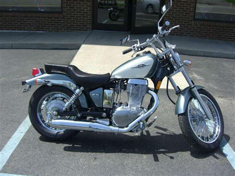 2013 Suzuki Boulevard S40 Buy 2013 Suzuki Boulevard S40 Cruiser On 2040 Motos