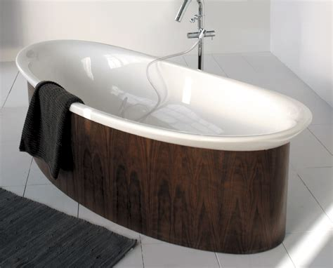 different bathtubs luxury bathtubs in wooden finish by lacava digsdigs