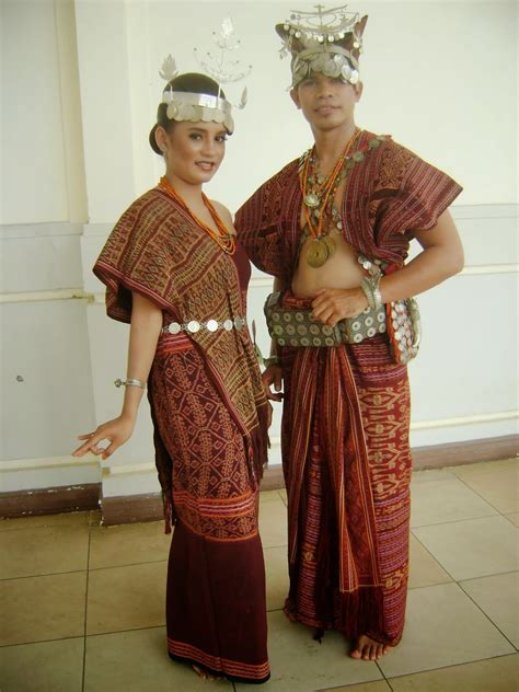 Baju Adat Surabaya about fashion pakaian adat nusantara