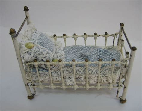 Cast Iron Baby Crib Antique Baby Furniture On Antique Baby Cribs Modern Baby Crib Sets Antique Baby Furniture