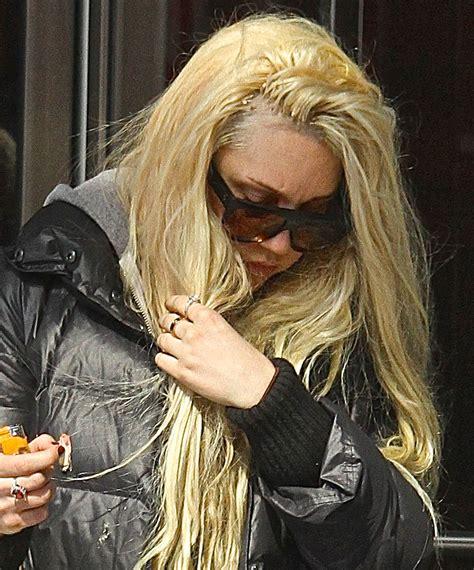 celebs fake hair hair gone wrong 8 celebrity hair extension fails ok