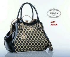 Model Tas Prada Behel trend model tas valenpool selma payet original f365ec