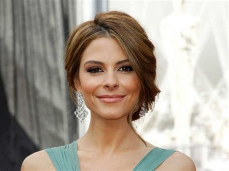 host on extra haircut maria menounos returns as guest star on the mindy project
