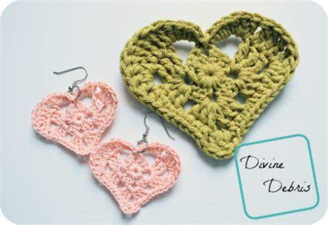 free crochet pattern heart earrings kylie heart applique earrings free crochet pattern