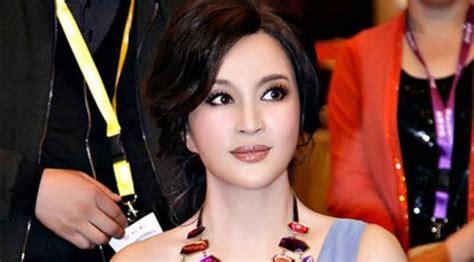 film china s liu xiaoqing liu xiaoqing artis cantik berwajah remaja ini usianya 63