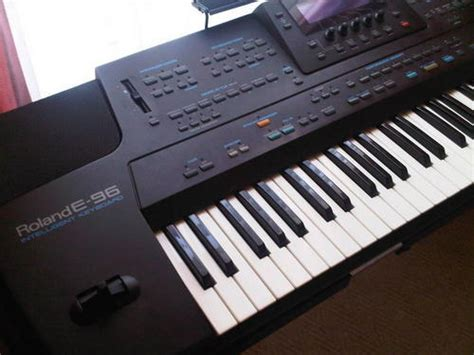 Keyboard Roland E96 piano organ roland e96 keyboard was sold for r3 500 00
