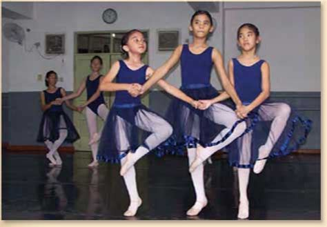 Sepatu Balet Anak Jakarta sekolah balet sumber cipta bataviase nouvelles