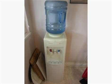 Water Dispenser Function water cooler cold does not work west shore langford colwood metchosin highlands