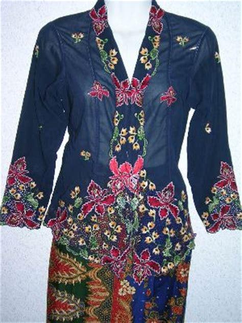 fesyen baju kebaya labuh fashion gambar fesyen baju kebaya modern