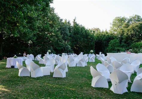 allestimento giardino per matrimonio arredi per eventi da esterno e interno catering bon ton