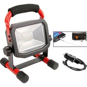 light work luceco rechargeable led work light ip65 10w 750lm