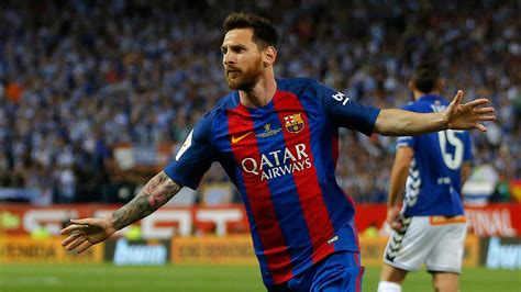 lionel messi agrees contract extension   million