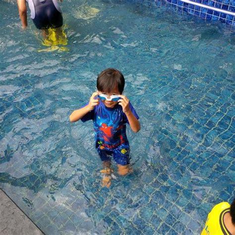Kolam Renang Anak kolam renang anak anak picture of lotus hotel sleman tripadvisor