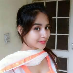 Latest pictures of beautiful punjabi singer sunanda sharma desi tube