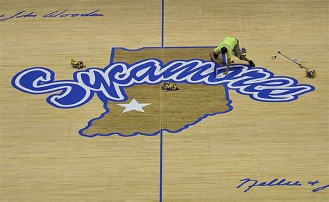 Indiana State Court Search Hulman Center S Basketball Floor To Sport New Luster After Being Stripped To Bare Wood