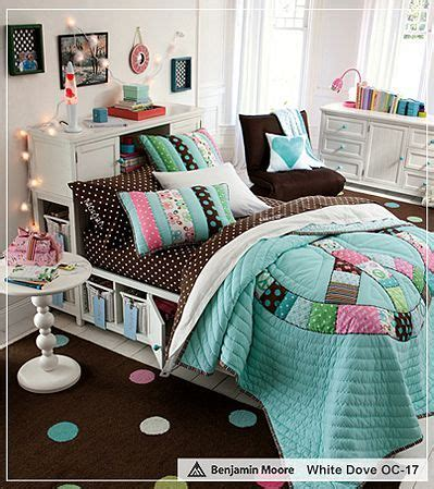storage ideas for comforters okay bedding and storage bed so cool peace patchwork