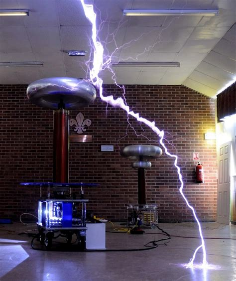 How To Use A Tesla Coil Types Of Tesla Coils Amazing Tesla