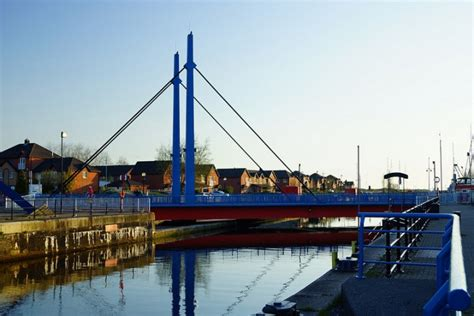 swinging preston swing bridge at preston docks to be closed for maintenance