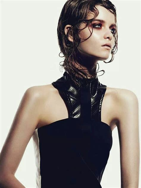 wet and messy hair look 16 best the wet look images on pinterest hair dos faces