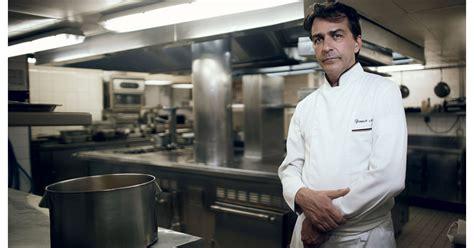 cauchemar en cuisine qui paie les travaux violences en cuisine yannick all 233 no r 233 pond aux
