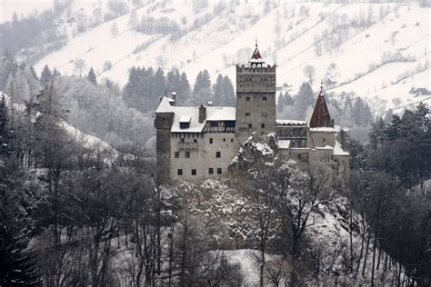 bran castle romania bran castle romania bucket list pinterest