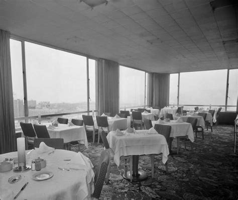 cloud room seattle cloud room for decades this restaurant and bar atop the 11 story photo 6098290 82987