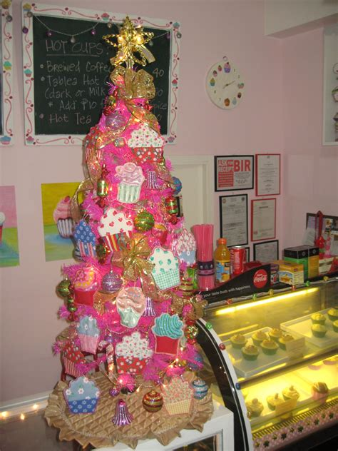 deck the halls all things cupcake