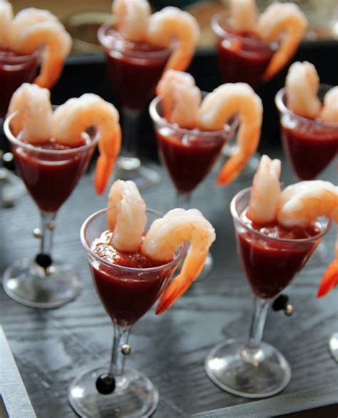 horderves for cocktail crowd winning cocktail hour appetizers topweddingsites
